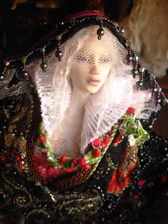 If this isn't Once Upon a time I don't know what is......Magnificent!!  ~ Flocking Artdoll
