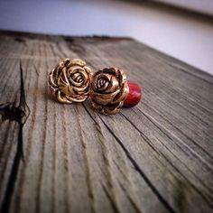 Golden Rosebud Bloodwood Plugs-Sizes: 2g(6mm) & 0g (8mm)/Light Weight/Ear Gauges/Great Gift/Handcrafted Wood Gauges/Rose Expanders/Flowers by EverChangingJewelry on Etsy https://www.etsy.com/listing/218631570/golden-rosebud-bloodwood-plugs-sizes