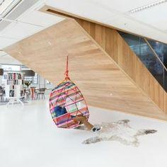 http://leemwonen.nl/interieur-i-werkplek-studeerkamers-op-bezoek-bij-ahrend-de-leukste-werkplek-trends/ @ahrend #werkplek #trends #workspace #flexwerken #flexplek #thuiswerken #home #office #interior #interieur #studeerkamer #study #inspiration #inspiratie #furniture #meubelen