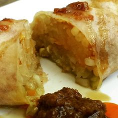 Veggie popiah (like a soft spring roll), Smith Street in Singapore