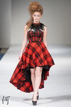 My fave dresss Art Toronto, Dress Hairstyles, Fashion Art, Modeling, Vintage, Dresses, Photos, Vestidos, Modeling Photography