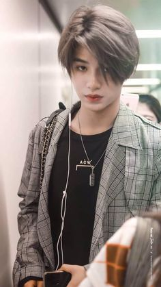 Huang Minghao (stage name: Justin) from CPOP groups 'Nine Percent' and Korean Boys Hot, Chinese Babies, Justin Huang, Boy Idols, Cute Asian Guys, Men Photography, Aesthetic Boy, Perfect Boy, Girl Inspiration