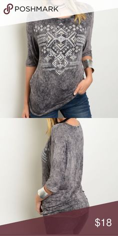 |NEW| Charcoal Burnout Tee A charcoal burnout/tie dye style top. Stud detail on the white design. I will model soon! ❣ Tip: go a size up for a perfect boho look with a looser fit Boutique Tops Tees - Short Sleeve