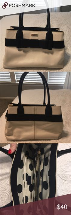 Kate Spade Purse Kate Spade purse. Used but in good condition. Perfect white and navy design for spring! kate spade Bags Shoulder Bags