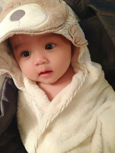 Baby Videos Serie - - - - Baby Announcement To Sister So Cute Baby, Baby Kind, Baby Love, Cute Kids, Cute Asian Babies, Korean Babies, Asian Kids, Cute Babies, Cute Baby Pictures