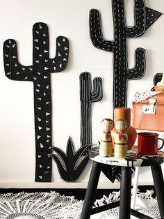 Um cenário apaixonante para quem procura ideias de decoração para festas juninas fora do clichê: inspire-se nas xilogravuras nordestinas e faça você mesmo!