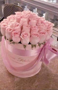Birthday Wishes Flowers, Happy Birthday Flower, Love Rose Flower, Beautiful Rose Flowers, Basket Flower Arrangements, Beautiful Flower Arrangements, Bouquet Box, Virtual Flowers, Rose Flower Wallpaper