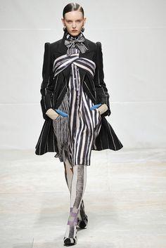 Wunderkind Fall 2009 Ready-to-Wear Fashion Show - Myf Shepherd