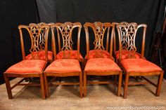 Set 8 Walnut Chippendale Dining Chairs English Chair Diners Walnut Dining Chairs, Antique Dining Tables, Extendable Dining Table, Table And Chairs, Dining Furniture, Vintage Furniture, Furniture Decor, Antique Fairs, Cabinet Makers