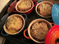 Onions Onion Soup, French Onion, Starters, Onions, Fruit, Vegetables, Onion Soup Meatloaf, Onion Soup Recipes, Vegetable Recipes