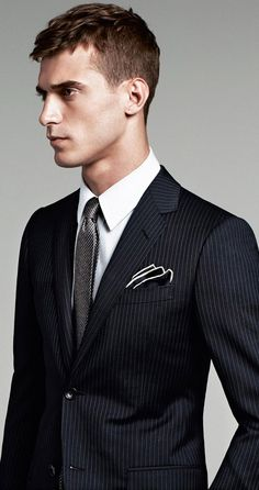 Gucci reconnects with its model muse Clément Chabernaud for a look at its modern, elegant suiting styles. Offering classic prints and impeccable fits… Mens Tailored Suits, Mens Suits, Mens Attire, Dapper Gentleman, Gentleman Style, Designer Suits For Men, Men Formal, Formal Wear, Lookbook