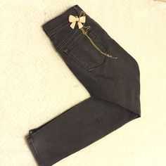Loft skinny black ankle jeans This is a pair of loft black jeans, skinny, ankle LOFT Jeans