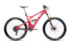 Yeti Beti SB5c - just pro enduro bike for female riders.  http://mtb.pl/yeti-beti-z-dedykacja-dla-kobiet-6298