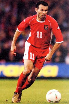 Wales-02-03-Kappa-home-kit-red-red-red.jpg