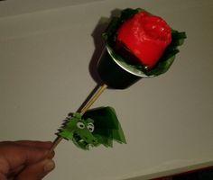 ROSA 3 amb capsula nespresso i plastilina