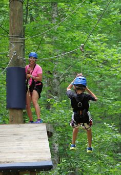 KidZip in the Nantahala River Gorge near Bryson City is designed for children… Nc Mountains, North Carolina Mountains, Blue Ridge Mountains, Great Smoky Mountains, Smoky Mtns, Smokey Mountain, Maggie Valley Nc, Travel Ideas, Travel Tips