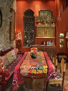 60 Comfy Moroccan Dining Room Design You Should Try. Tired of looking at the same bedroom, same dining room and same living room again and again? Bohemian Interior, Bohemian Decor, Bohemian Style, Modern Bohemian, Bohemian Grove, Gypsy Decor, Bohemian Gypsy, Gypsy Style, Hippie Chic
