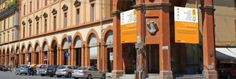 Cartelloni per la raccolta fondi per il restauro del portico di San Luca   www.comitatoperilrestaurodelporticodisanluca.it