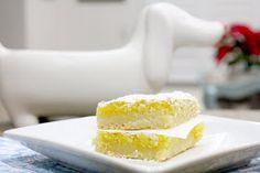 SPCookieQueen: {Meyer} Lemon Bars a winter birthday treat