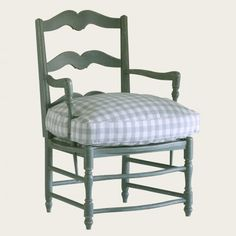 Provence chair with curved base