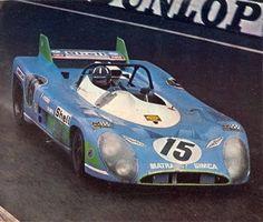 Shell Matra-Simca Graham Hill at the wheel. 24 Hours Le Mans, Le Mans 24, Vintage Sports Cars, Vintage Race Car, Sports Car Racing, Sport Cars, F1 Racing, Sport En France, Nascar