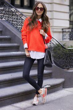 Im Sneaker Style zur Arbeit? Finden wir  ziemlich cool. Dazu noch unsere stylische iPhone Folie in Struktur Orange (https://www.amazon.de/dp/B01DWCKNL8/) und ein schickes Ladekabel (https://www.amazon.de/dp/B00YUNYG4O/) und man ist perfekt ausgestattet für einen langen Arbeitstag! #beaphonestar #teamphonestar #orange #sneakerstyle