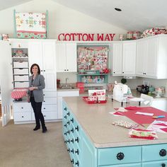 Sewing Room Design, Craft Room Design, Sewing Spaces, My Sewing Room, Sewing Rooms, Sewing Studio, Sewing Room Organization, Craft Room Storage, Small Craft Rooms