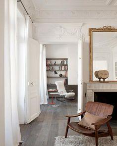 Enfilade, rideaux blancs dans notre chambre, salon et chambre Sophia