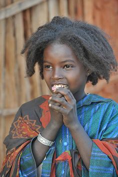 Africa | Borana girl.  Southern Ethiopia |  ©World_Discoverer, via Flickr
