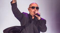 Pitbull's tweet for Memorial Day is yeah pretty cringeworthy