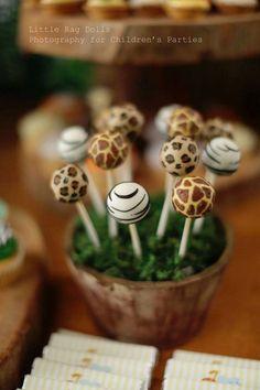 Jungle themed birthday party with Such Cute Ideas via Kara's Party Ideas…