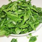 Špenát • recept • bonvivani.sk Lettuce, Spinach, Ale, Vegetables, Food, Ale Beer, Essen, Vegetable Recipes, Meals