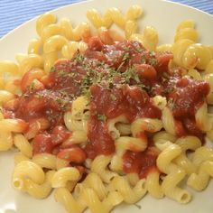In this pasta with marinara sauce dish, are the instructions for the easy marinara sauce.. Pasta With Marinara Sauce Recipe from Grandmothers Kitchen.