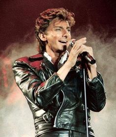 Barry Manilow in more leathers I Write The Songs, Barry Manilow, Music Icon, Archie, My Idol, Famous People, Singer, My Love, Concerts