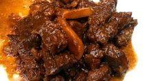 Smoor Djawa is een heerlijk rundvlees stoofgerecht die goed gekruid is met ketjap en wat assem (tamarinde). Om je vingers bij af te likken! Vlees met ketjap (Smoor Djawa) Auteur: Suraya Keuken: Indisch Porties: 3 Voorbereiding: 10 min Kooktijd: 10...