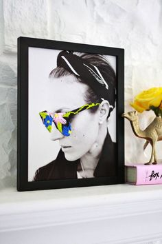 How cool is this DIY embroidered sunglasses photo art print?!