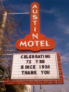 Keep Austin Wierd. Austin Motel