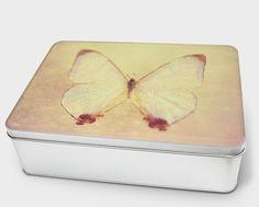 """Stilvolle Blechdose """"Madame Butterfly"""" von Zierrat auf DaWanda.com"""