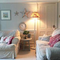 Cosy sitting room ~ lovingly pinned by www.skipperwoodhome.co.uk