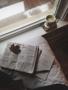 """kvtes: """"a homemade café au lait, the perfect storm soundtrack, romans, one of dad's old flannels, and spare time to just watch the snow fall in big, fluffy pieces. """""""