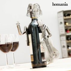 Portabottiglia in Metallo Chitarrista by Homania Bottle Holders, Espresso Machine, Decoration, Metallica, Wine Rack, Shop Now, Coffee Maker, Kitchen Appliances, Awesome