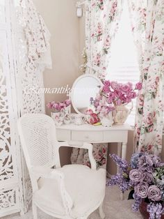 Shabby chic floral decorating Romantikev cicek desenleri Romanticshabnychic Romantic shabby chic Shabby& vintage Romantik vintage dekorasyon
