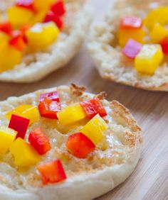 Veggie Pizza - great idea for snack time