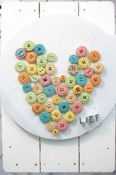 button cookies  lief! lifestyle Lief Lifestyle, Button Cookies, Christening, Fun Crafts, Random Stuff, Pastel, Girly, Cottage, Valentines
