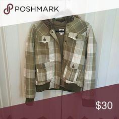 Roxy jacket Green plaid roxy jacket with fur hood Roxy Jackets & Coats