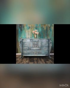 Refinish Wood Furniture, Chalk Paint Furniture, Hand Painted Furniture, Furniture Makeover, Chalk Paint Techniques, Furniture Painting Techniques, Dry Brush Painting, Chalk Painting, Diy Furniture Appliques
