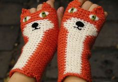 Pomber, Etsy shop selling crocheted animal fingerless gloves and mitts