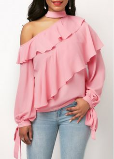 Long sleeve ruffle overlay pink one shoulder blouse, lovely blouse,nice color,nice design on shoulder and neck,strongly recommand . Trendy Tops For Women, Blouses For Women, Mode Outfits, Fashion Outfits, Womens Fashion, Fashion Clothes, Mode Hijab, Ladies Dress Design, Blouse Designs