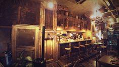 Camproject srl. arredo pub, arredamenti Arredi per irish pub ...
