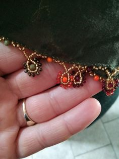 Diy And Crafts, Beads, Bracelets, Model, Gold, Jewelry, Face Towel, Seed Beads, Beading